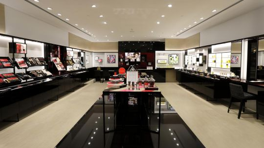 Chanel - Chanel-Claremont-Store--int-3200pix.jpg