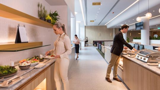 QANTAS T3 International Transit Lounge - Premium-buffet.jpg